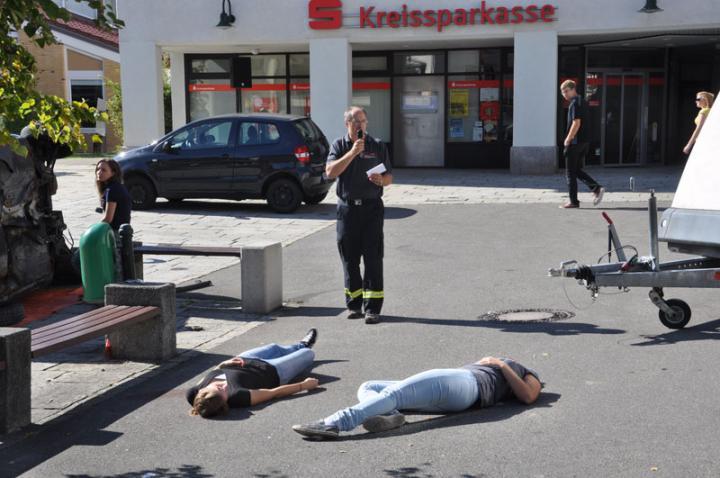 Überall liegen Verletzte herum